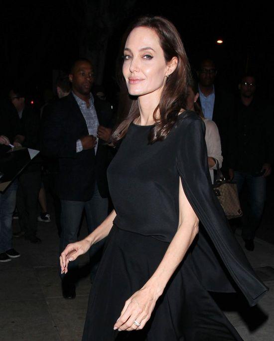 To Jolie jest tą miłą! Aniston to zołza!
