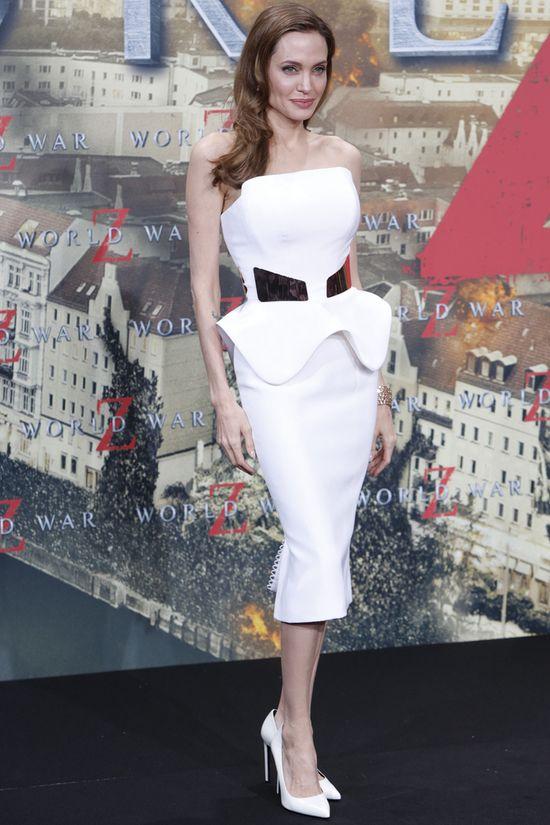 Mamy zdj�cia sukni �lubnej Angeliny Jolie! (FOTO)