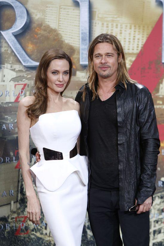 W jakiej sukni Angelina Jolie poszła do ołtarza?