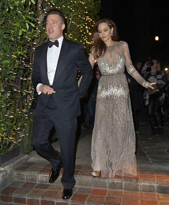 Angelina Jolie i Brad Pitt OKALECZĄ SIĘ na swoim ślubie!