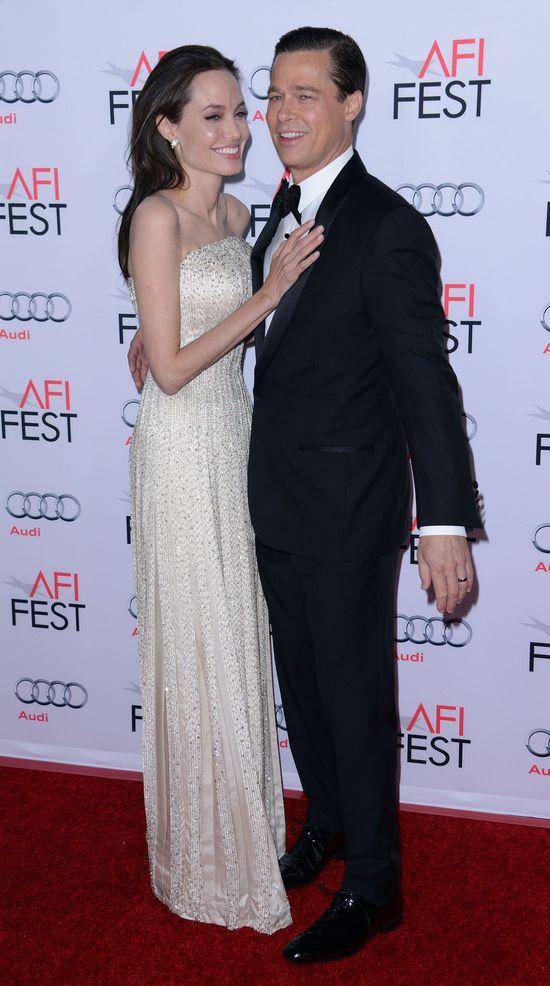 To przez NIĄ Angelina Jolie wygląda jak żywy trup
