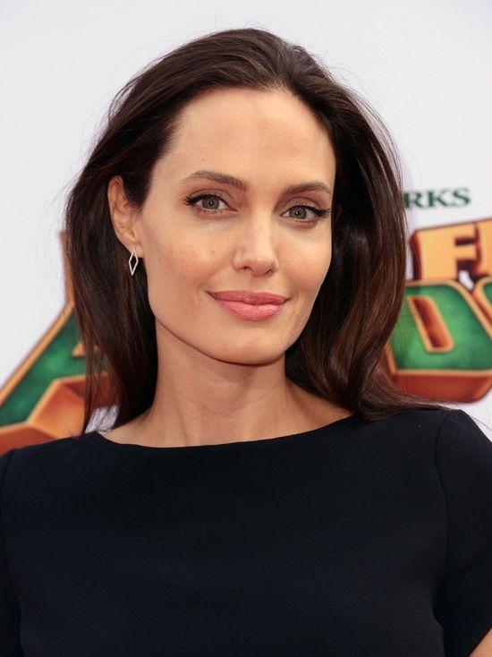 Mara Teigen - klon Angeliny Jolie niechcacy wypromowany przez Kylie Jenner
