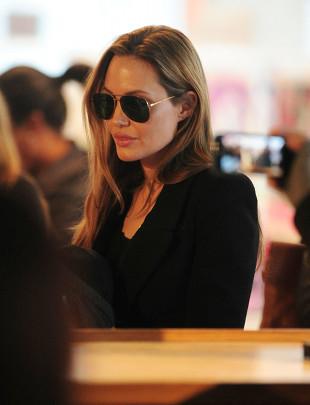 Angelina Jolie wypowiedziała wojnę wojennym gwałtom