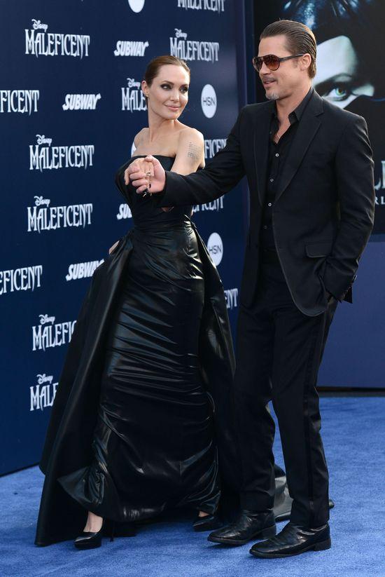 Brad Pitt pobity na premierze Czarownicy!