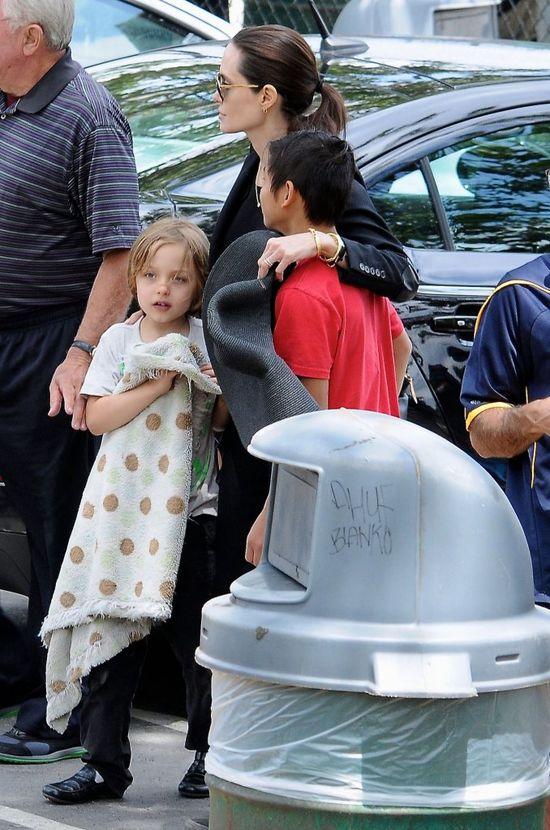 Dla Angeliny Jolie spokojny weekend w parku to luksus (FOTO)