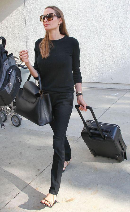 Angelina Jolie pisze autobiografię