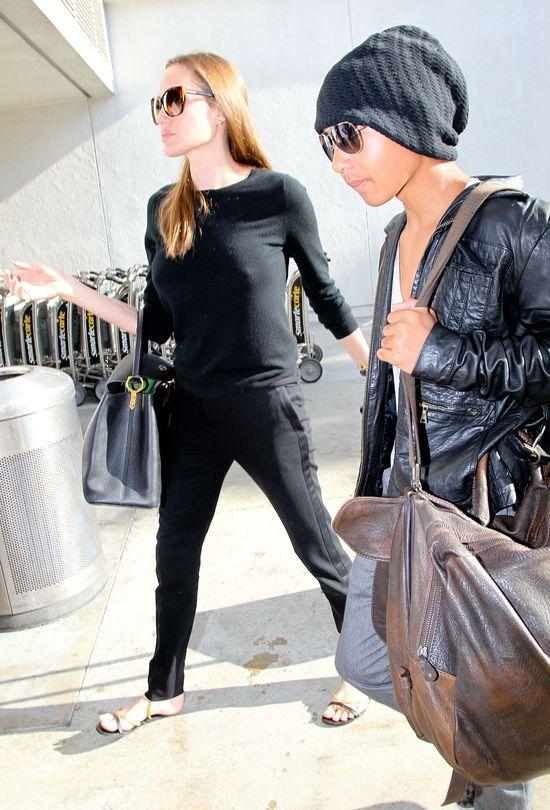 Angelina Jolie nie chce przytyć? (FOTO)
