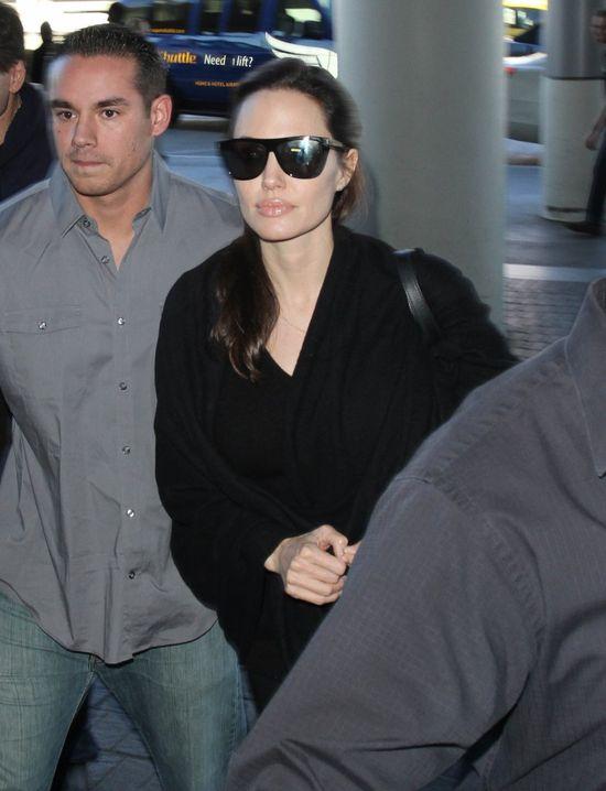 Angelina Jolie ma nogi chudsze jak modelka? (FOTO)