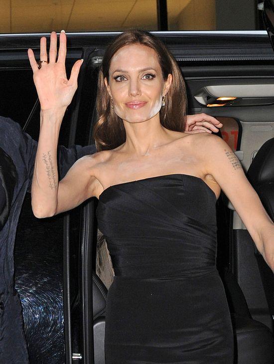 Angelina Jolie do innych sławnych mam: Przestańcie narzekać!
