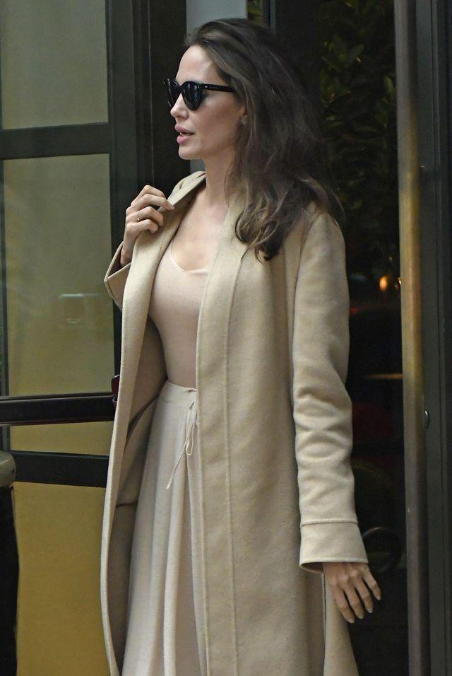 Będziecie zaskoczeni tym, gdzie zrobiła świąteczne zakupy Angelina Jolie