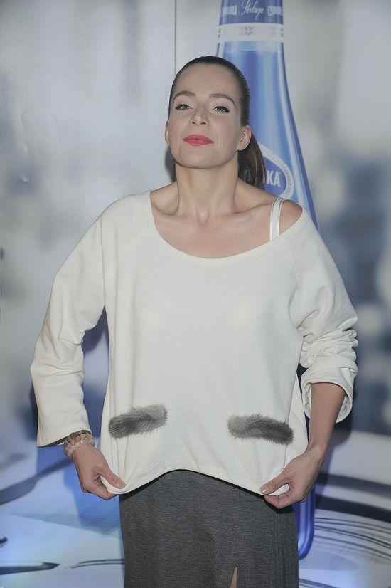 Annę Dereszowską poniosło na ściance (FOTO)