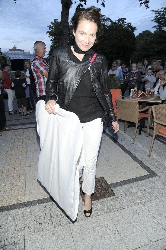 Dereszowska dołączyła do FB i pokazała się bez makijażu