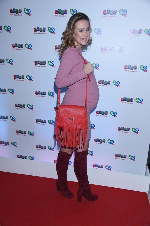 Polska aktorka pokazała ciążowy brzuszek na ściance (ZDJĘCIA)