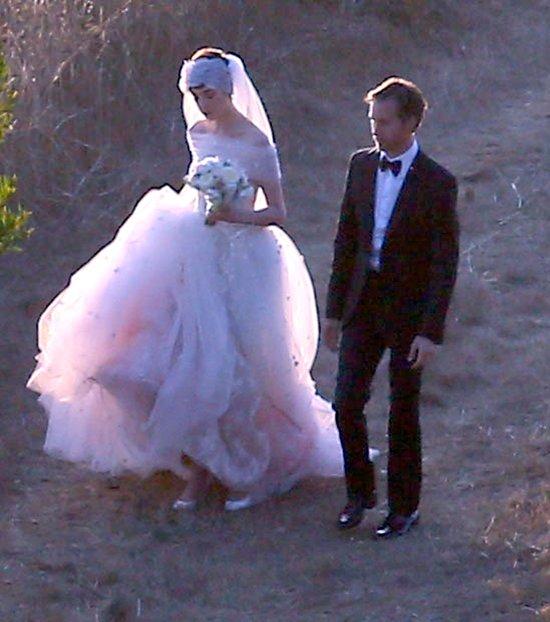 Anne Hathaway wyszła za mąż! (FOTO)