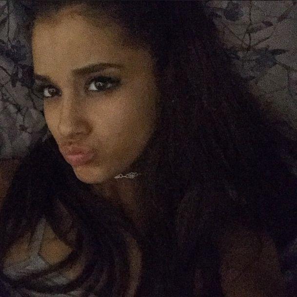 Ariana Grande wyl�dowa�a w ramionach znanego przystojniaka