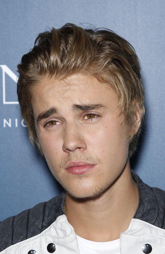 Justin Bieber obmacywał Arianę Grande podczas koncertu