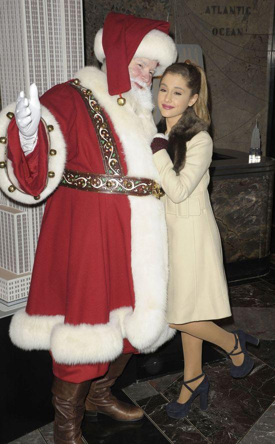 Stara-maleńka Ariana Grande (FOTO)