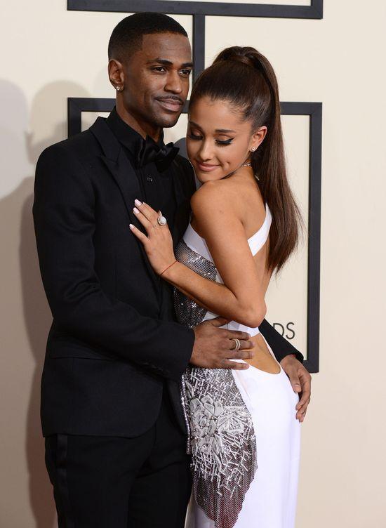 Ariana Grande całuje się z nowym chłopakiem (VIDEO)