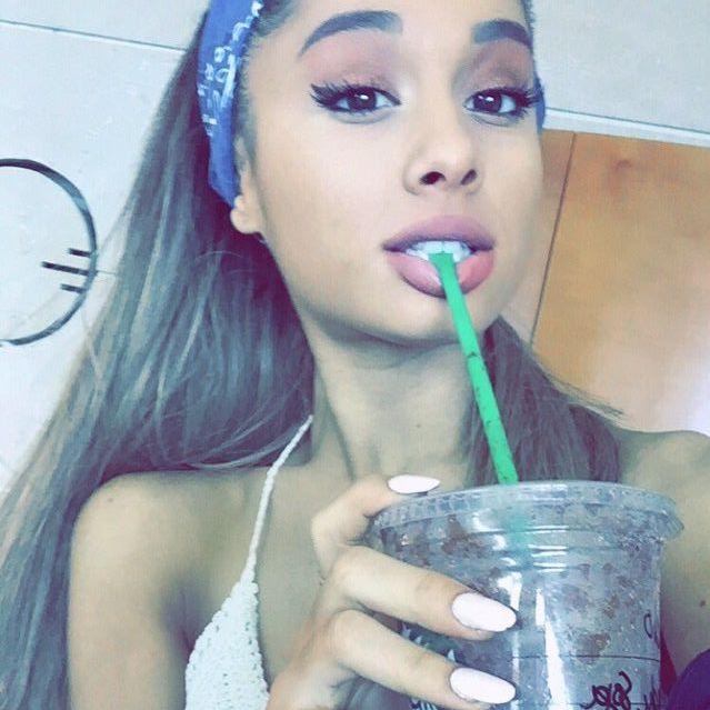 Brat Ariany Grande broni swojej siostry (Twitter)