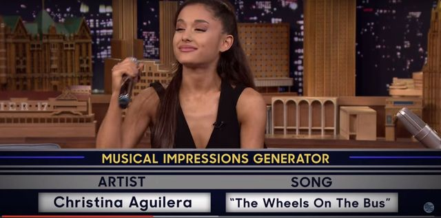 Hit! Ariana Grande na�laduje Spears, Aguiler� i Dion (VIDEO)