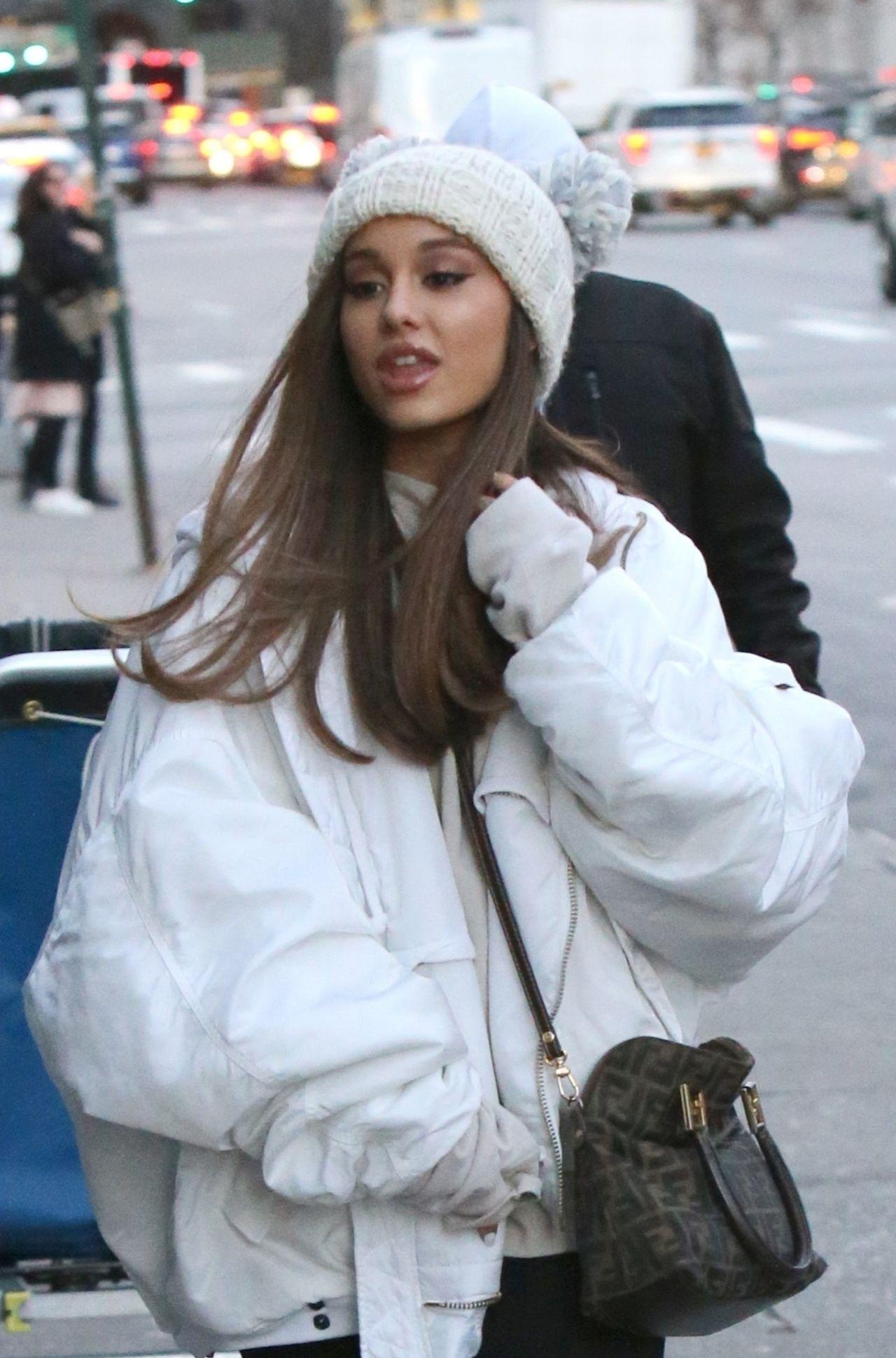 Ariana Grande zabrała GŁOS w sprawie POWROTU do byłego chłopaka