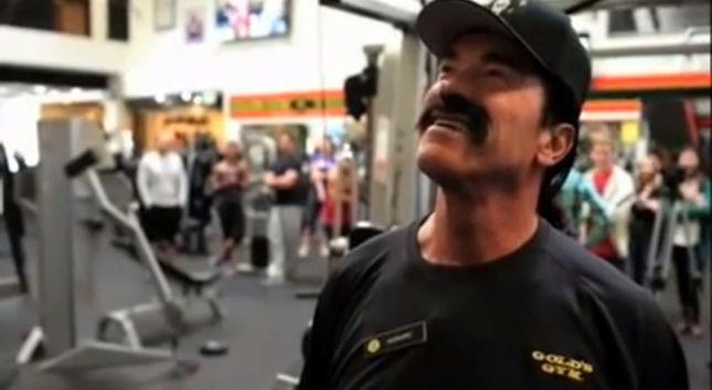 Nie poznali Schwarzeneggera na siłowni [VIDEO]