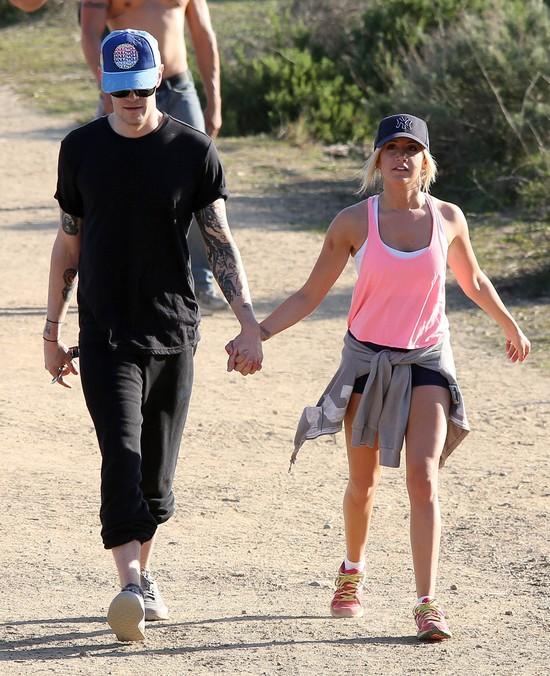 Ashley Tisdale walentynki spędziła na wspinaczce