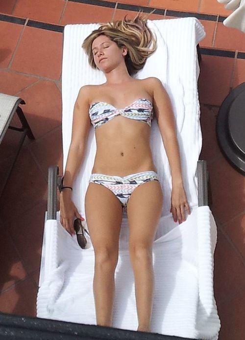 Gwiazd w bikini - zdjęcia bez retuszu (FOTO)