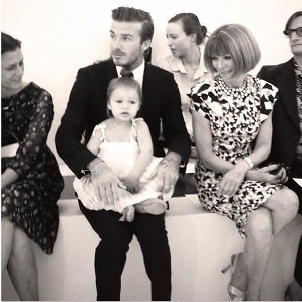 Zakochani państwo Beckham na okładce Vogue Paris (FOTO)
