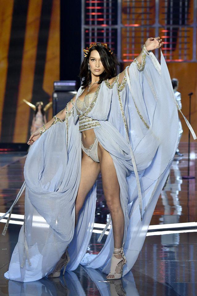 Boska Bella Hadid podczas pokazu Victoria's Secret! Była największą gwiazdą