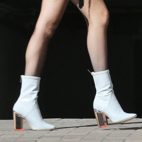 Mercedes wyprzedziła trendy! Jej buty nosi gwiazdka z USA