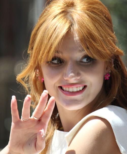 Piękna(?) Bella Thorne (FOTO)