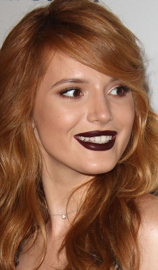 Bella Thorne powinna zwolni� swoich makija�yst�w? (FOTO)
