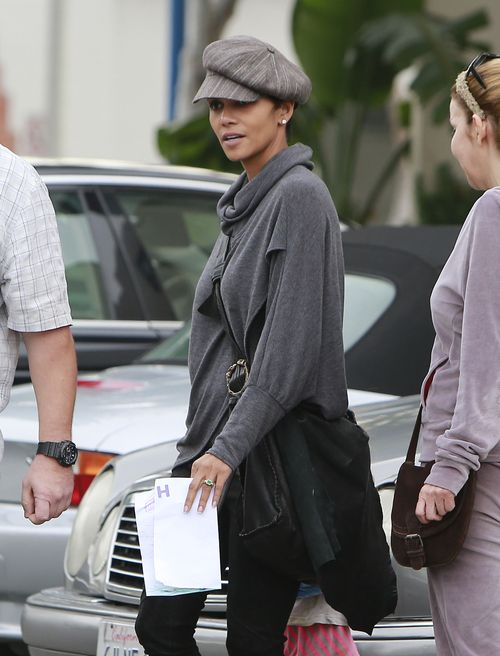 Choinka trafiła już do domu Halle Berry (FOTO)