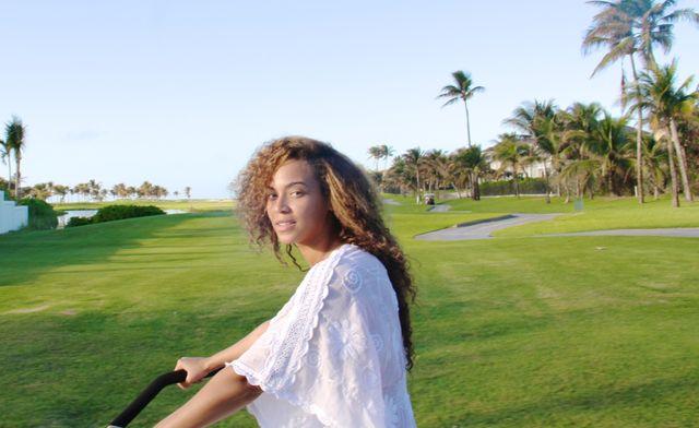 Beyonce i Blue Ivy na wakacjach (FOTO)