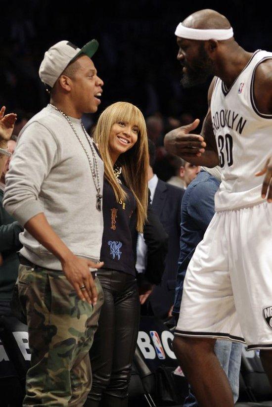 Beyonce - prosto od fryzjera na mecz (FOTO)