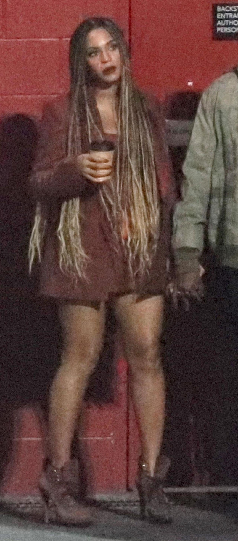 Beyonce w krótkiej sukience po koncercie Travisa Scotta (ZDJĘCIA)