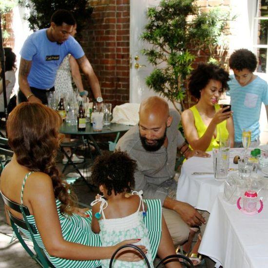 Beyonce z siostrą i mężem na wspólnym obiadku (FOTO)