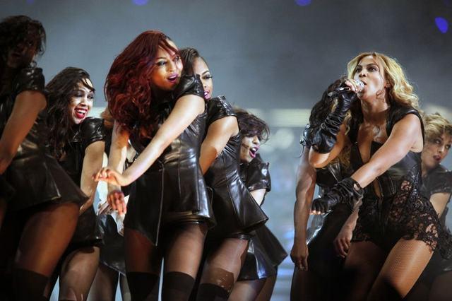 Występ Beyonce na finale Super Bowl (FOTO)