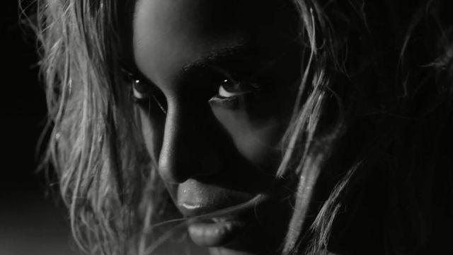 Nowa p�yta Beyonce bije rekordy sprzeda�y! (VIDEO)