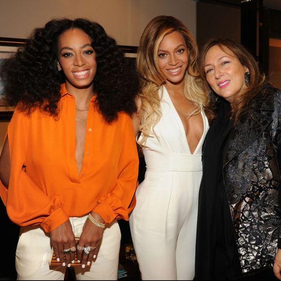 Siostry Knowles po raz pierwszy na salonach od czasu bójki