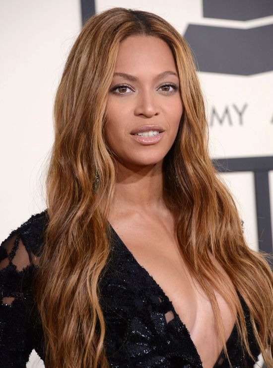 Ojciec Beyonce zdradzi� PRAWDZIWY wiek c�rki! (FOTO)
