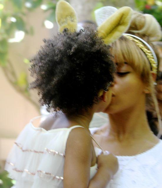 Wielkanocna Beyonce i jej króliczek, Blue Ivy (FOTO)