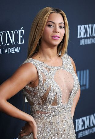 Beyonce używa czerwonego papieru toaletowego?