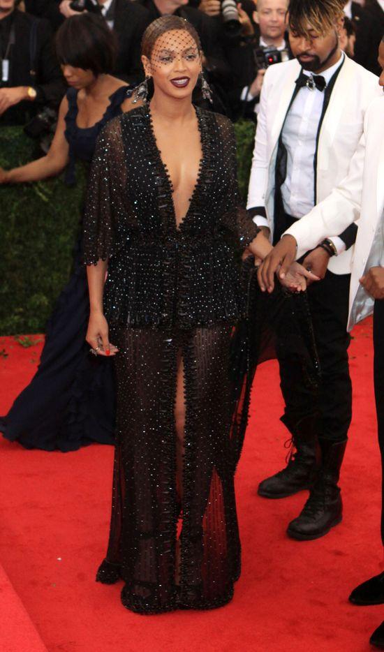 Szok! Solange zarobiła na bójce z Jayem Z!