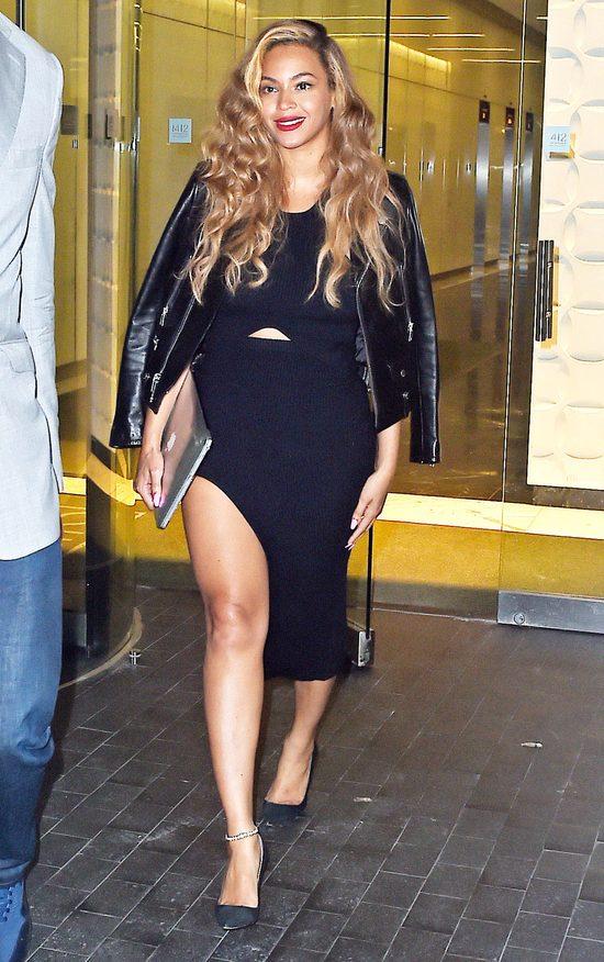 Beyonce pozwala córce malować usta? (FOTO)