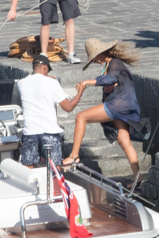 Beyonce też nosi spanxy (VIDEO)