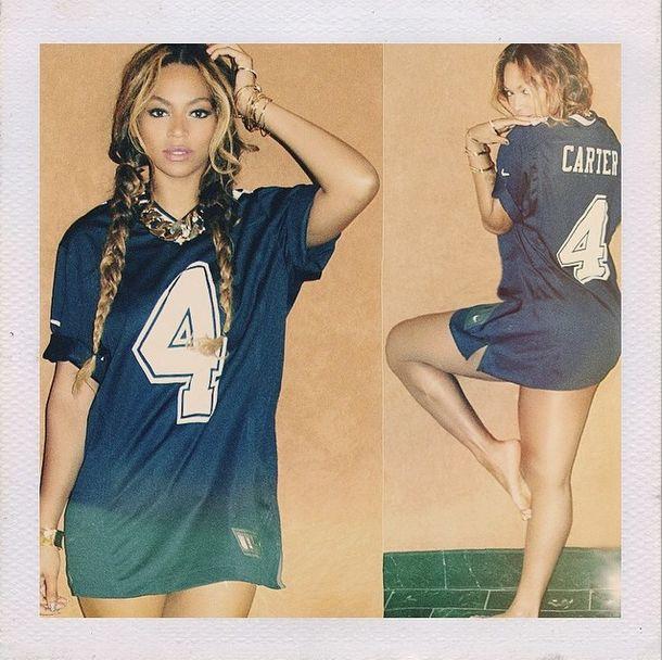 Beyonce pozuje na Instagramie BEZ spodni (FOTO)