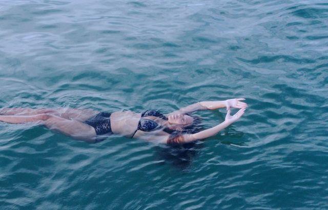 Co powiecie na Beyonce w bikini i bez makijażu (FOTO)