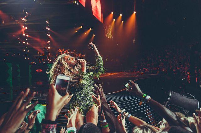 Fan Beyonce zemdlał z wrażenia na jej koncercie (VIDEO)